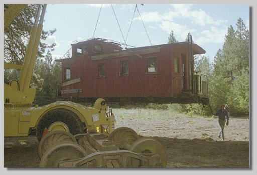 moving caboose - by NBF